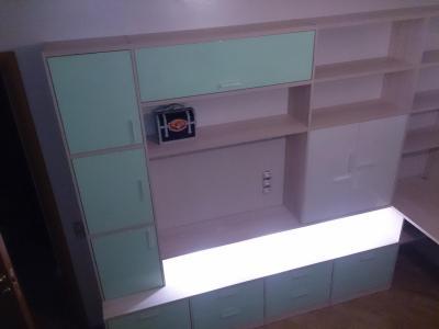 Мебель для детской в светлых тонах