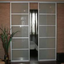 Раздвижные двери (двери-купе)