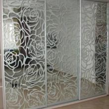 Шкафы-купе с пескоструйным рисунком на заказ