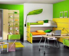 Шкаф-купе-в-детскую-комнату-12