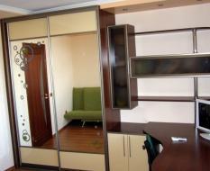Шкаф-купе с рабочим местом