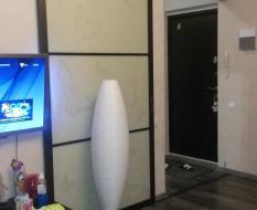 Раздвижная дверь в спальню (2)