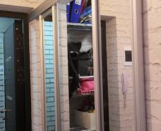Зеркальные двери-купе в гардеробную