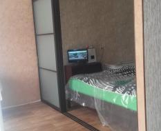 Стеклянная перегородка для спальной зоны (2)