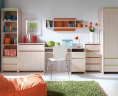 Мебель в детскую светлая