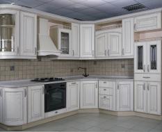 Кухня из массива, белая