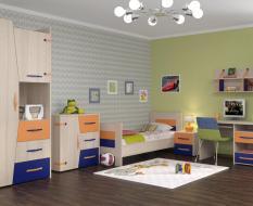 Светлая мебель в детскую