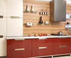 Кухня с гладкими фасадами из ЛДСП